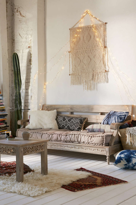 three bohemian daybeds that will make you dream daily. Black Bedroom Furniture Sets. Home Design Ideas