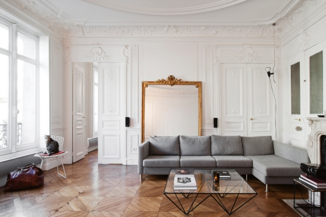 dreamy 19th century apartment in paris daily dream decor. Black Bedroom Furniture Sets. Home Design Ideas