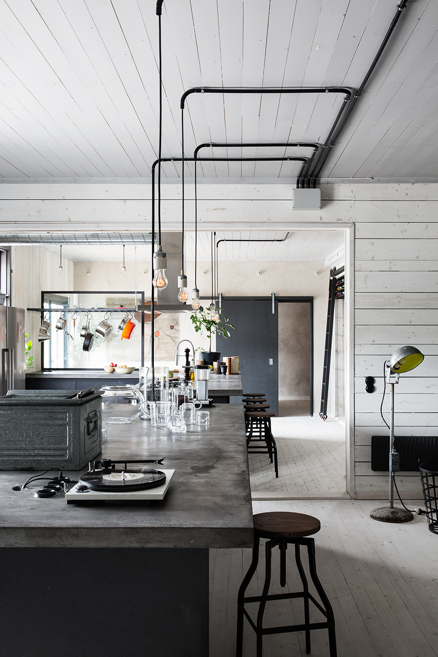Can 39 T Get Enough Of This Industrial Home Daily Dream Decor