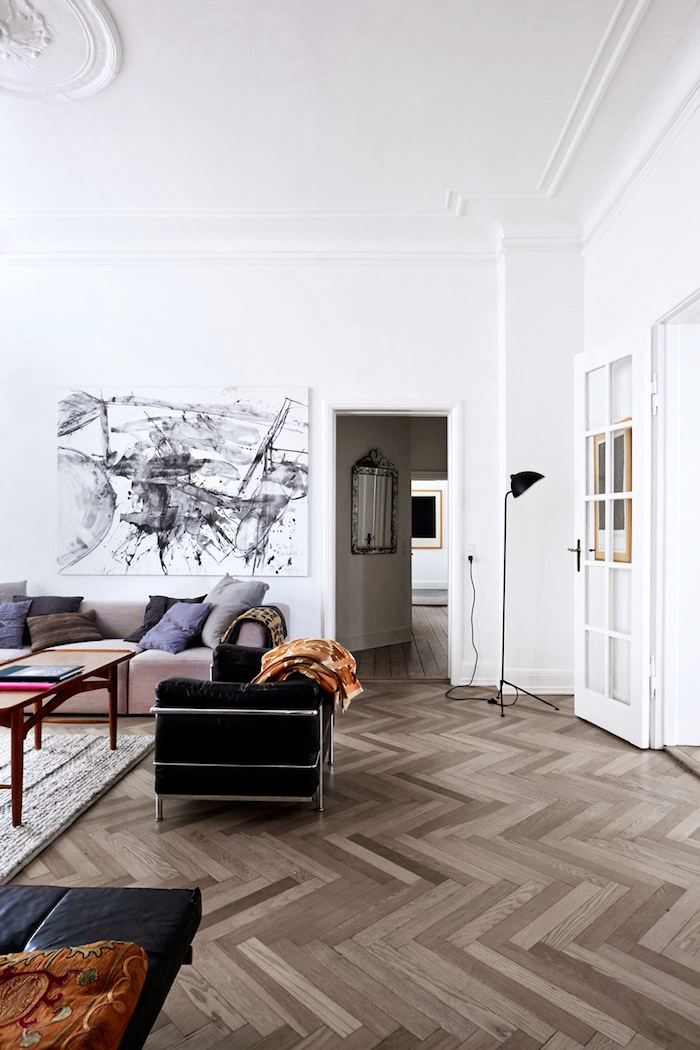 A classic but modern apartment A classic