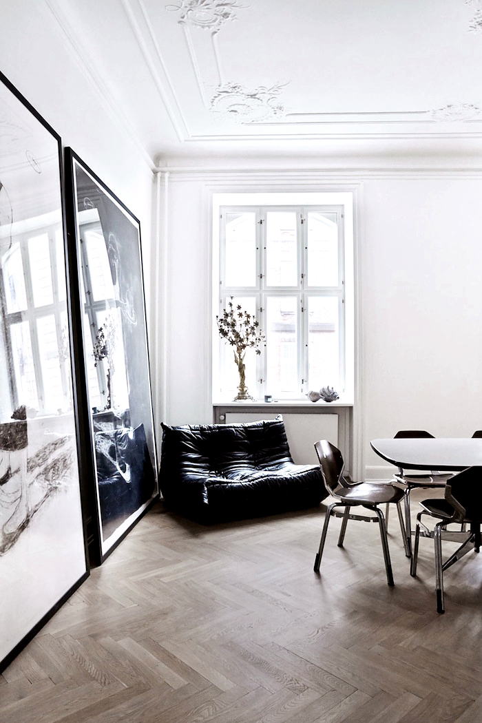 stucco-ceiling-herringbone-floor-photo-birgitta-wolfgang