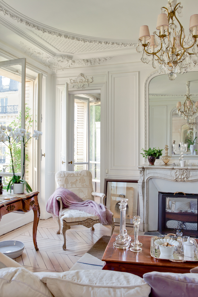 dreamy romantic french apartment daily dream decor