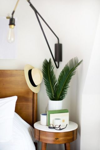dreamy-nightstand1