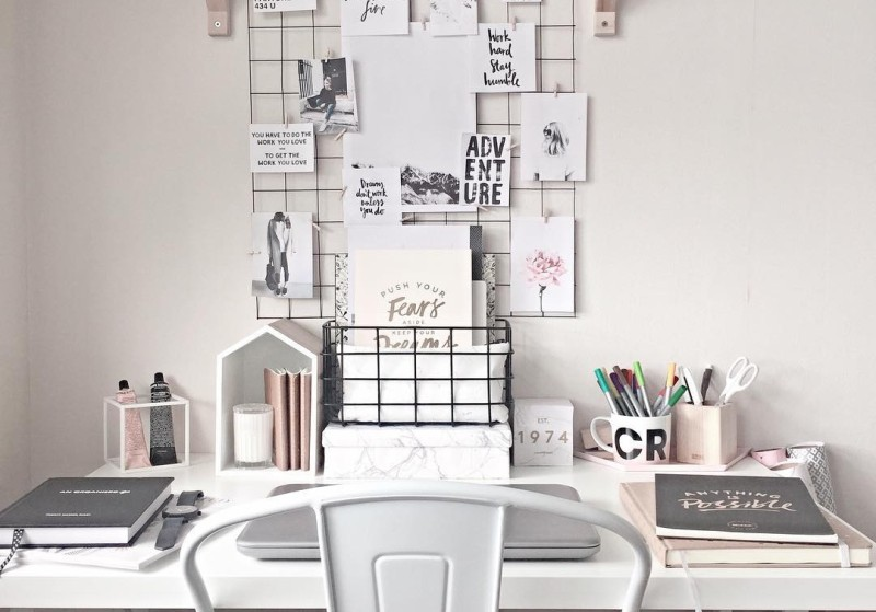 Dreamy monochrome workspace daily dream decor for Deco bureau