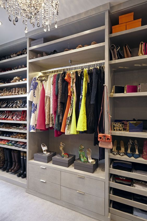 8 Amazing Closets You Will Dream About