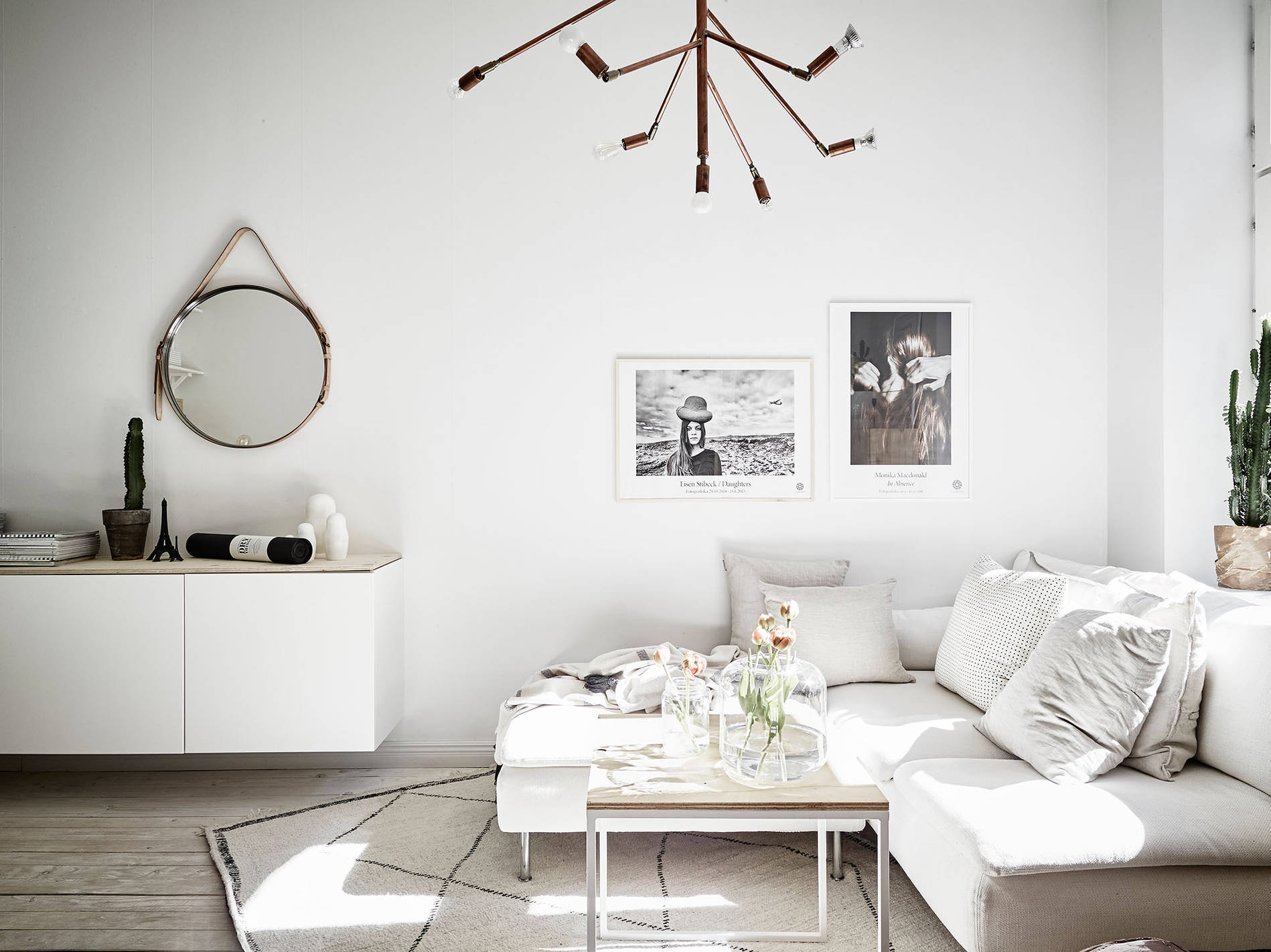 Light airy dreamy swedish apartment daily dream decor for Grossiste meuble