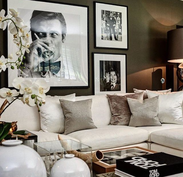 9 glam ideas for an elegant living room daily dream decor for Hollywood glam living room ideas