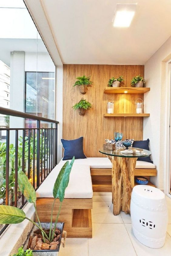 wooden small balcony deco ideea