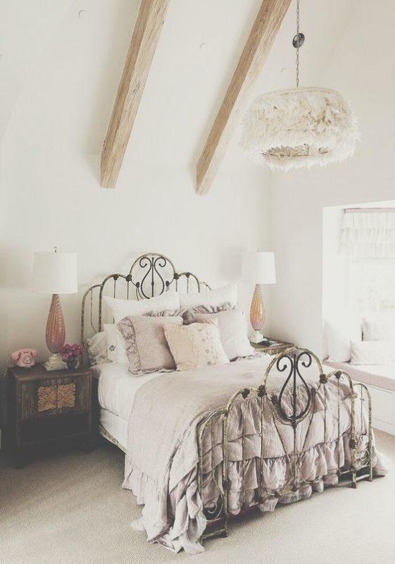 8 Slendid vintage rooms