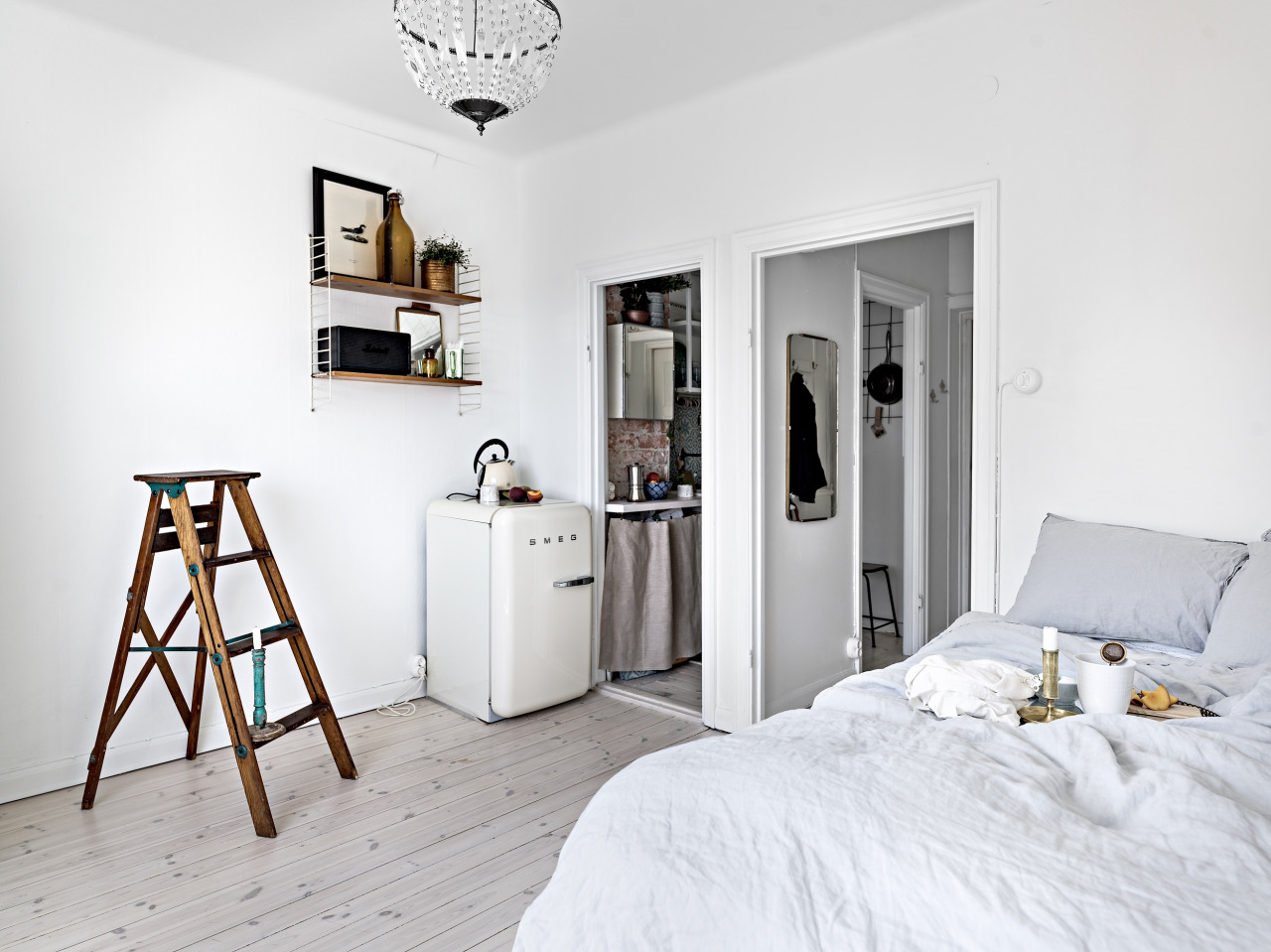 Another dreamy tiny studio apartment daily dream decor for Tiny studio apartment