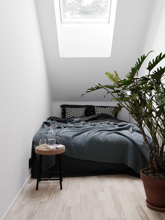 light up tiny bedroom idea 7 - Tiny Bedroom