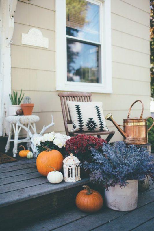 fall-porch-with-pimpkins