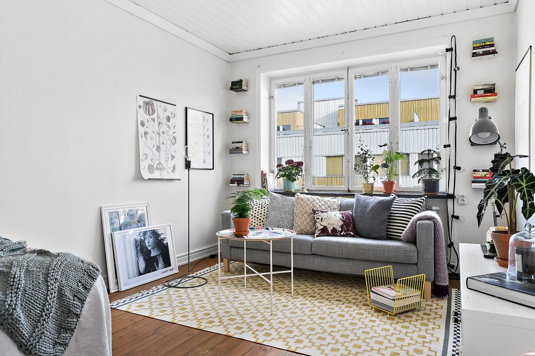 Cool apartment top joan riversu opulent new york for Cool apartment stuff