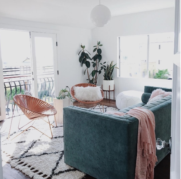 10 home decor instagram accounts you ll love daily dream for Style at home instagram
