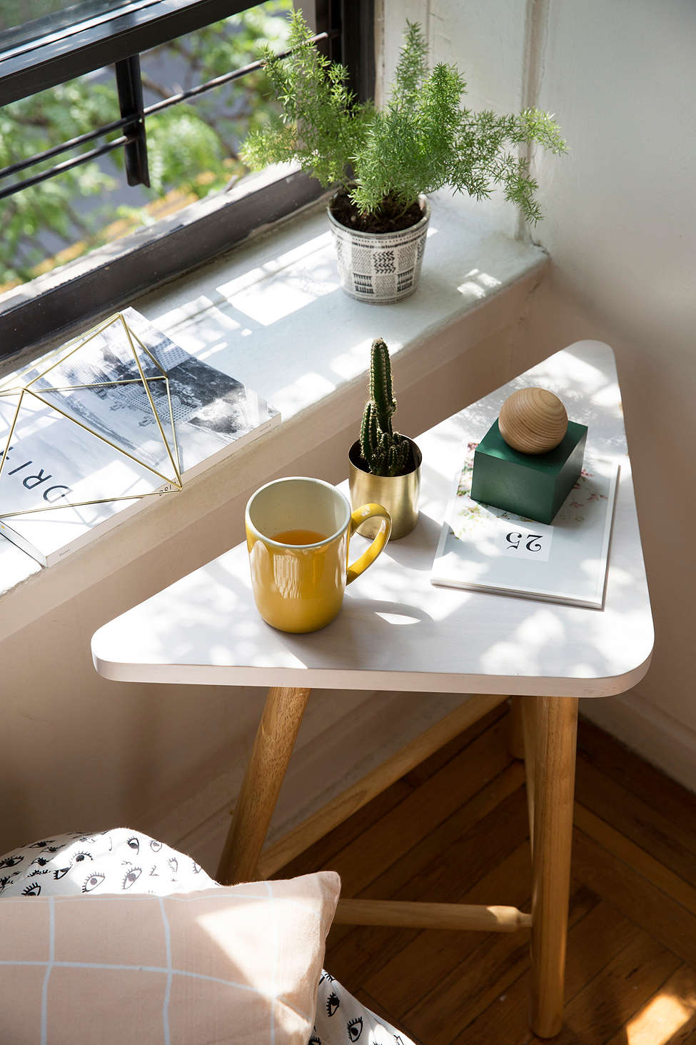 ophelia-side-table