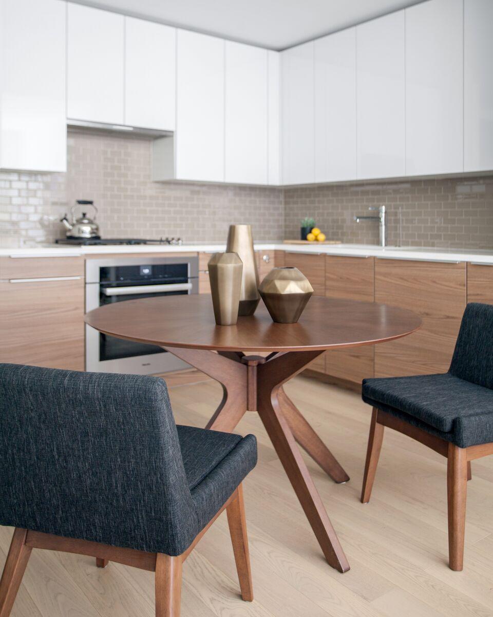 Modern New York Apartment: A Modern Luxe New York Apartment