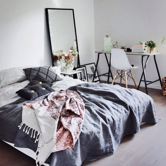 statement-mirror-scandinavian-bedroom