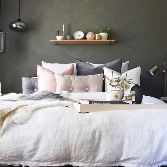 Bedroom decorating trends daily dream decor - Grey and gold bedroom ...