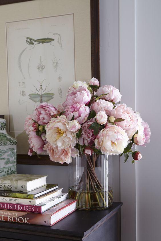Flowers display home decor main