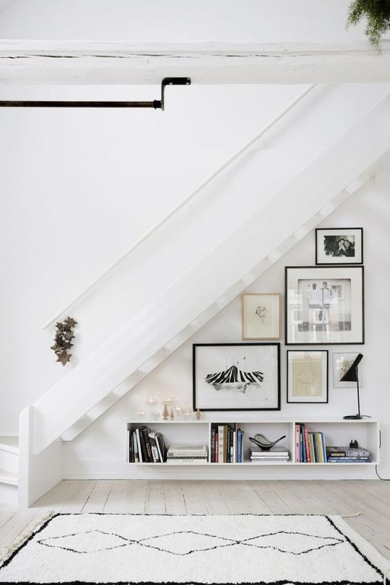 7 Ingenious ideas for the space under the stairs