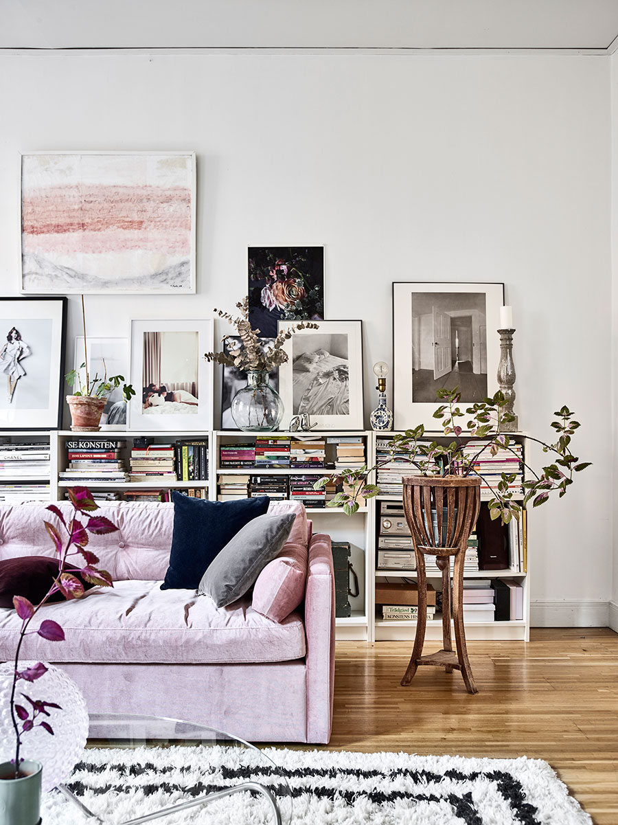 An eclectic feminine home that you will be smitten with for Ikea sofa rosa