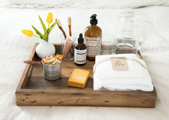 toiletries tray 1 guest room