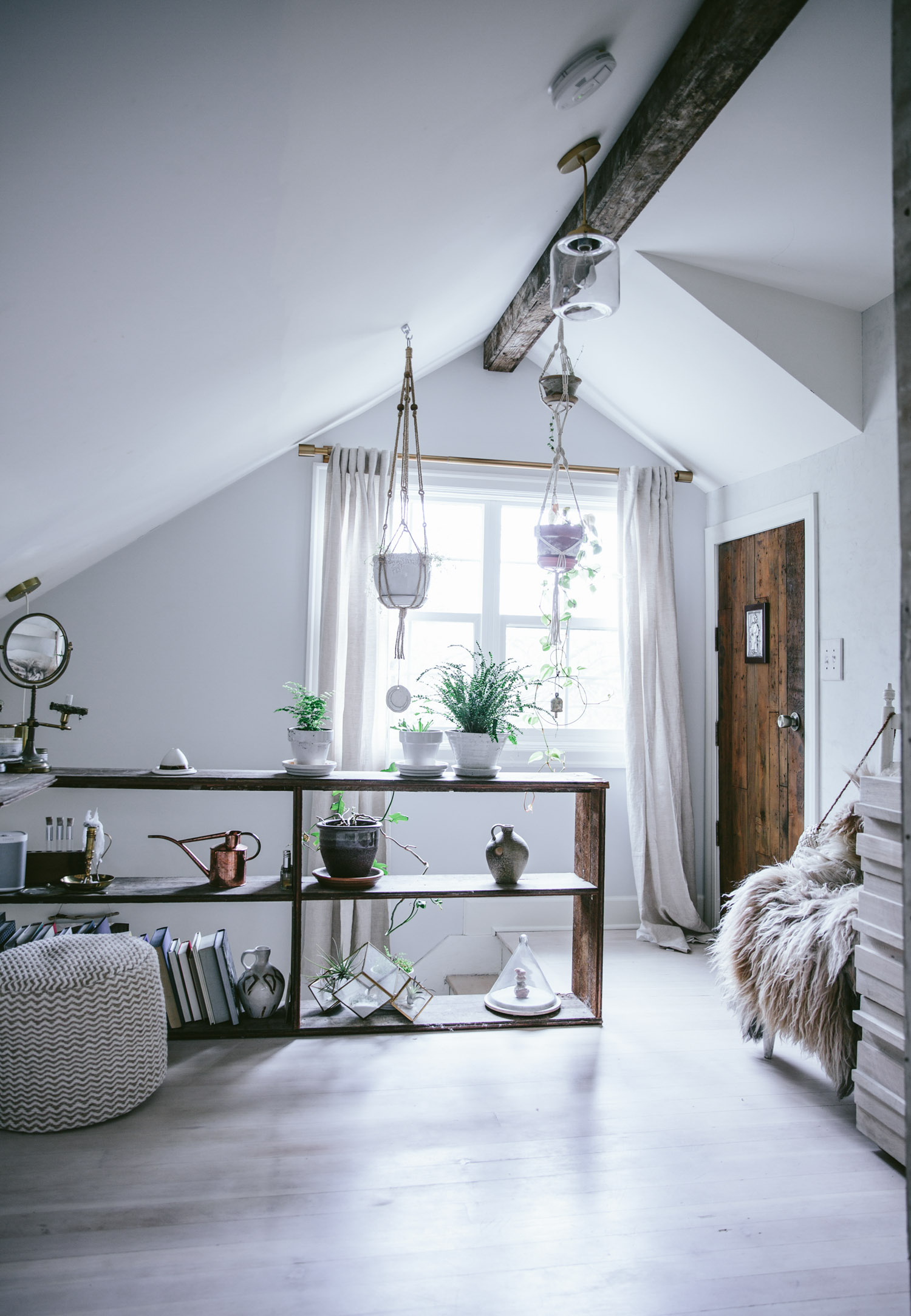 Thereu0027s something charming about attic bedrooms donu0027t you think so? Love this makeover via Westelm you can see how the bedroom looked before the rev& ... & A dreamy attic bedroom makeover - Daily Dream Decor