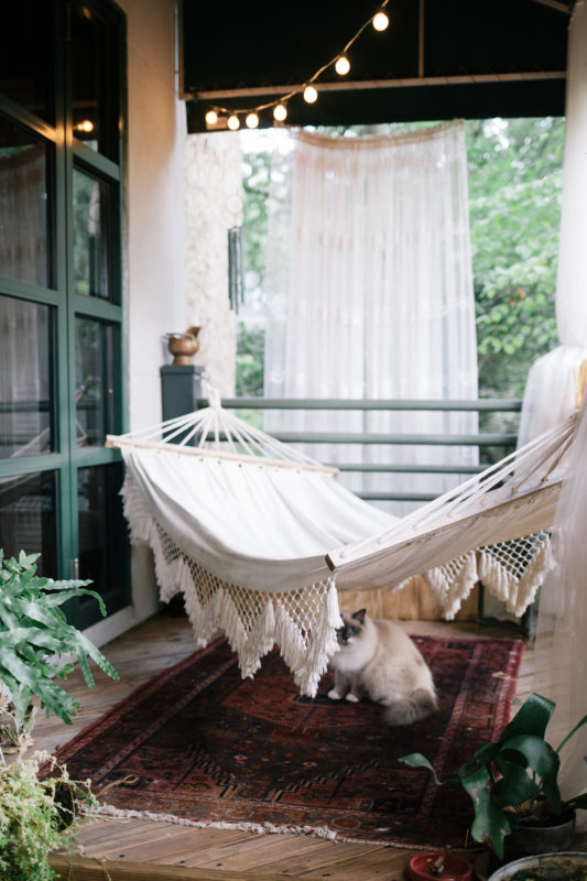 10 Dreamy Balconies That Will Help You Get Ready For