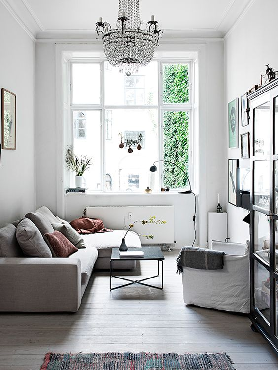 So Here Are Our Eight Favorite Tips On How To Transform A Small Living E Into One That Feels Ger And Dreamier 1 Pick Short Furniture