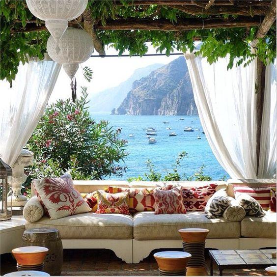 Positano Apartments: Daily Dream Decor