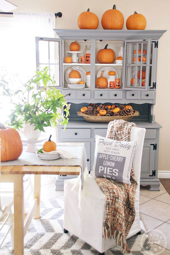 5 Fall Kitchens That Welcome This Dreamy Season