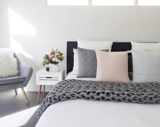 5 easy tricks to make your small bedroom feel big and for Bedroom ideas kmart