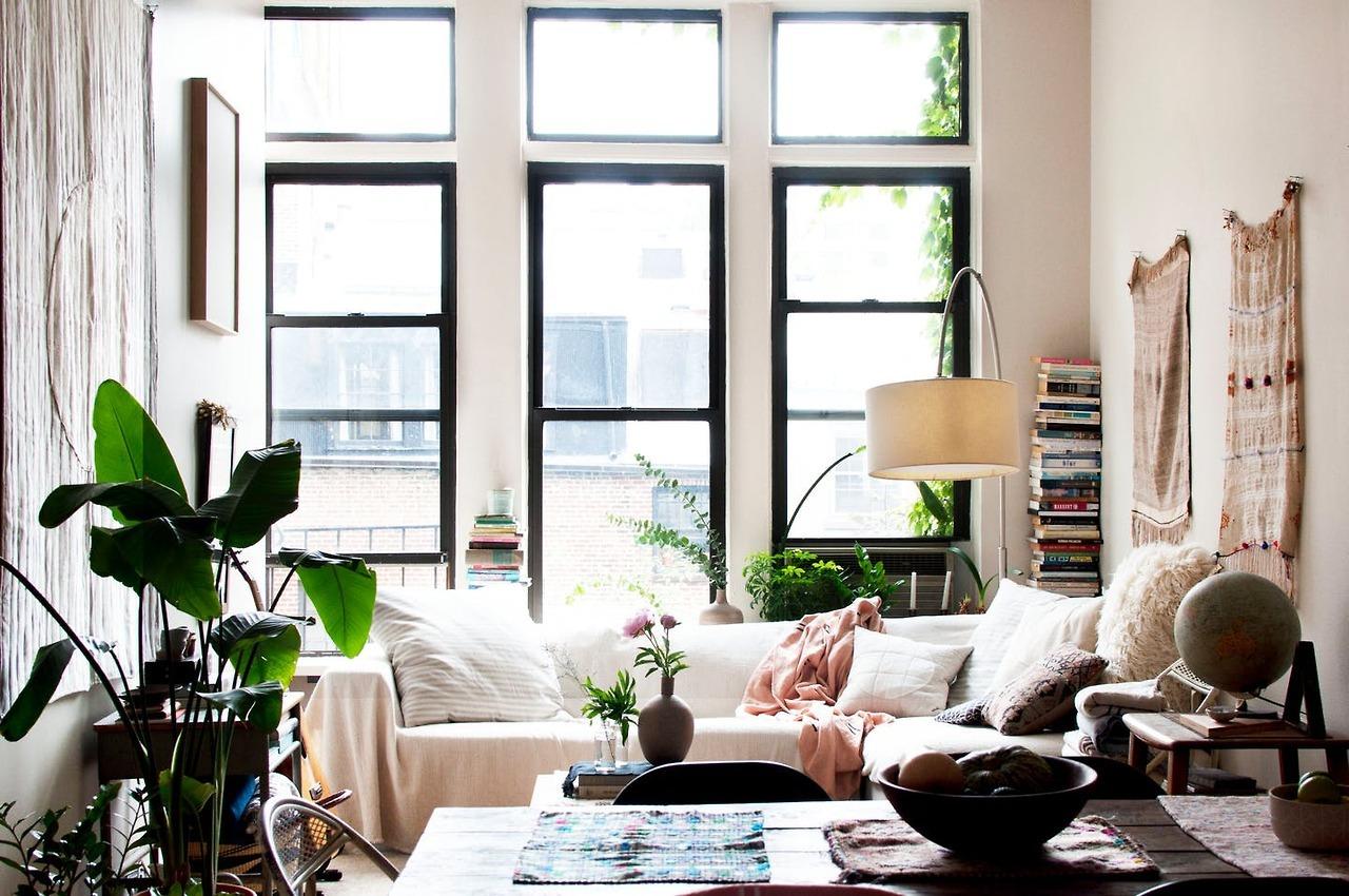 rustic bohemian studio apartment   A dreamy bohemian Brooklyn studio apartment - Daily Dream ...