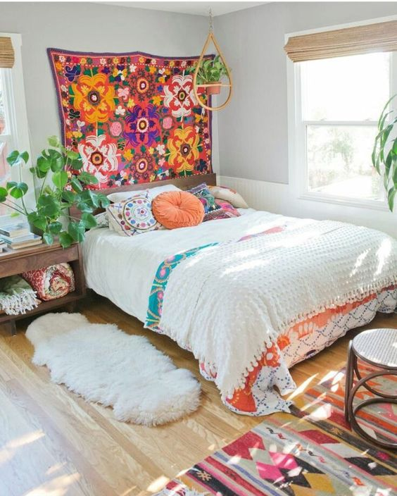 Colorful Boho Room: 6 Dreamy Ways In Which You Can Bring A Californian Vibe