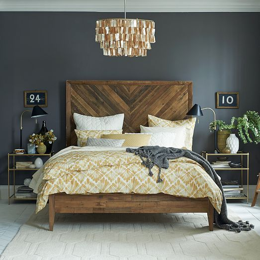 A Bedroom Can Become More Mysterious And Refined With Wooden Bed Added Next To Dark Wall Get Style Into The Space Add Modern Lamps