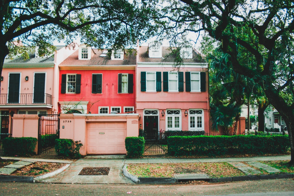Amazing real estate restoration of older homes daily dream decor for Things to do in the garden district