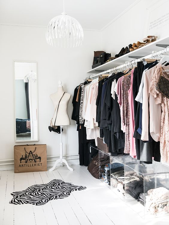 Ideas To Organize Your Closet Part - 50: Make Your Statement Pieces Pop Out U2013 Think About An Embellishes Jacket, A  Beautiful Top Or A Fancy Skirt Or Bag And Make Them Stand Out In Your Closet .