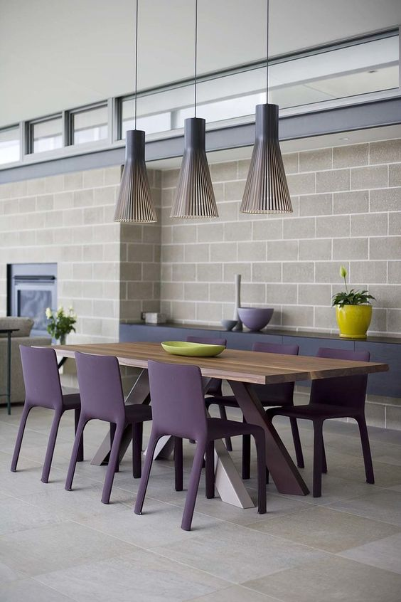 Ultra violet the bold color that will give you a crush for Besser block home designs