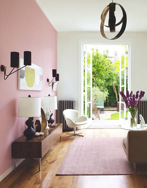 7 Gorgeous Pink Spaces That Welcome A Blooming Spring