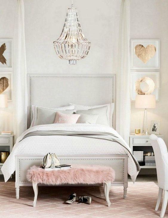 9 dreamy bedroom boudoir looks that will inspire you for Boudoir bedroom ideas