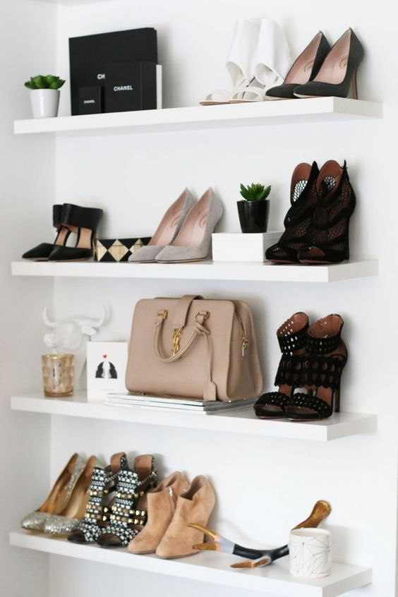 7 Dreamy tips on how to mix & match shoes in a bookcase