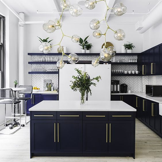 Blue Kitchen Accessories: The Most Splendid 8 Colors To Use For A Dreamy Kitchen