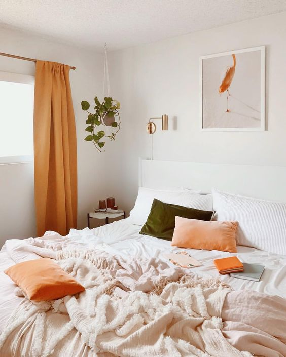 10 Cozy And Dreamy Bedroom With Galaxy Themes: 8 Lazy Bedrooms For A Perfect Fall