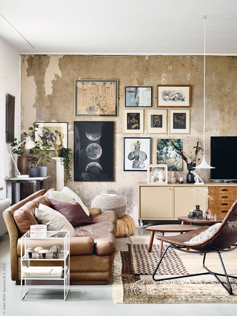 A dreamy living room with vintage vibes