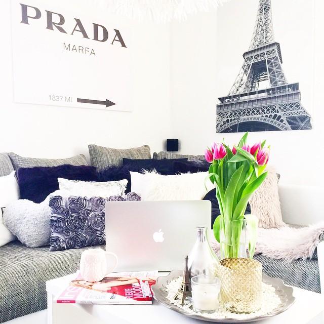 paris-prada-marfa-living-room