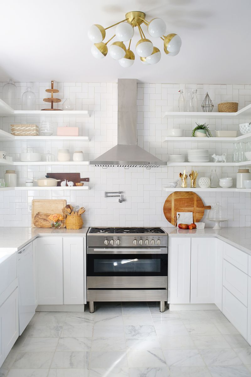 white-and-gold-kitchen