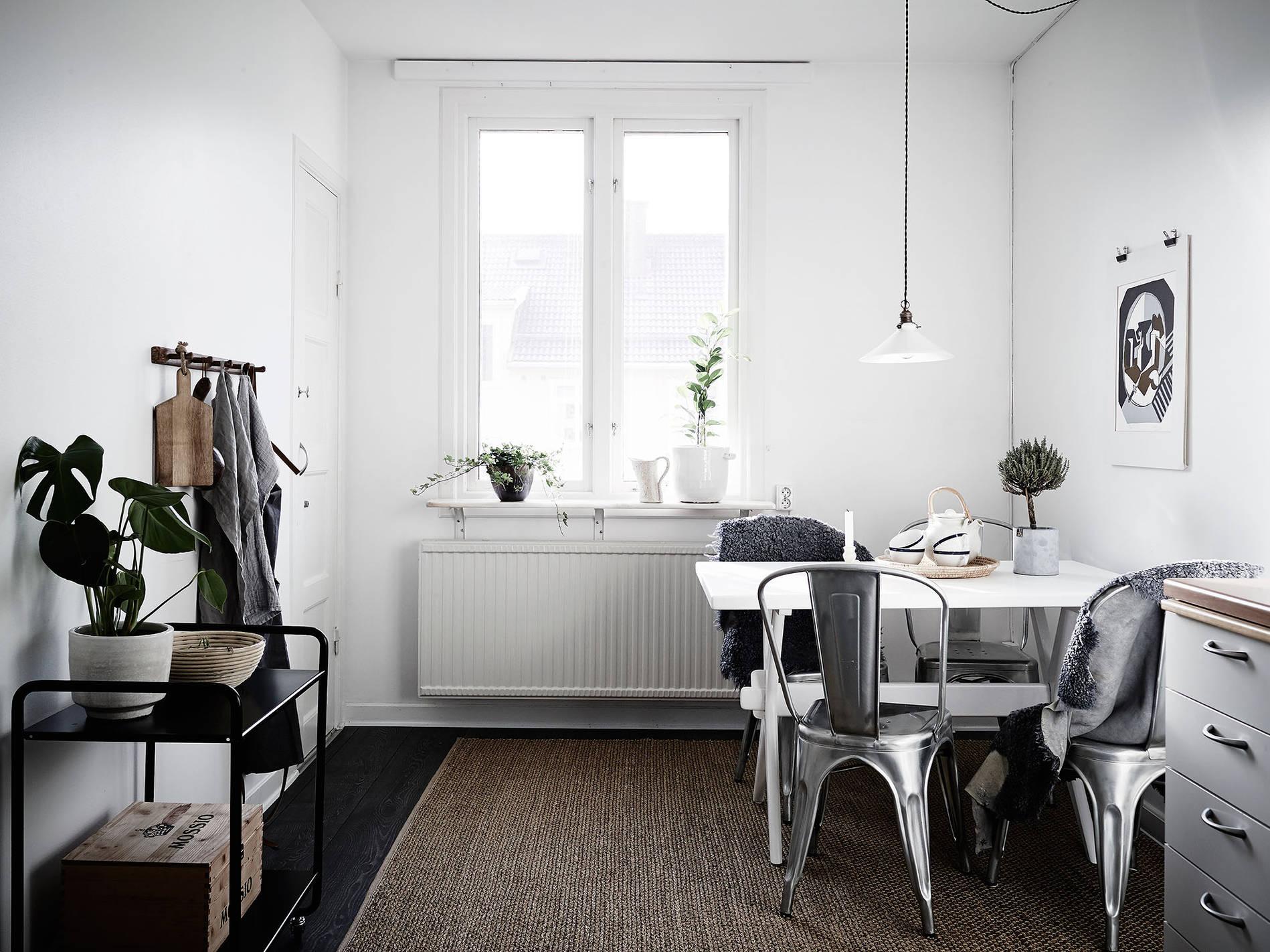 white-blue-scandinavian-apartment7