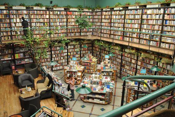 Cafebreria El Pendulo, Mexico City, Mexico amazing bookstore