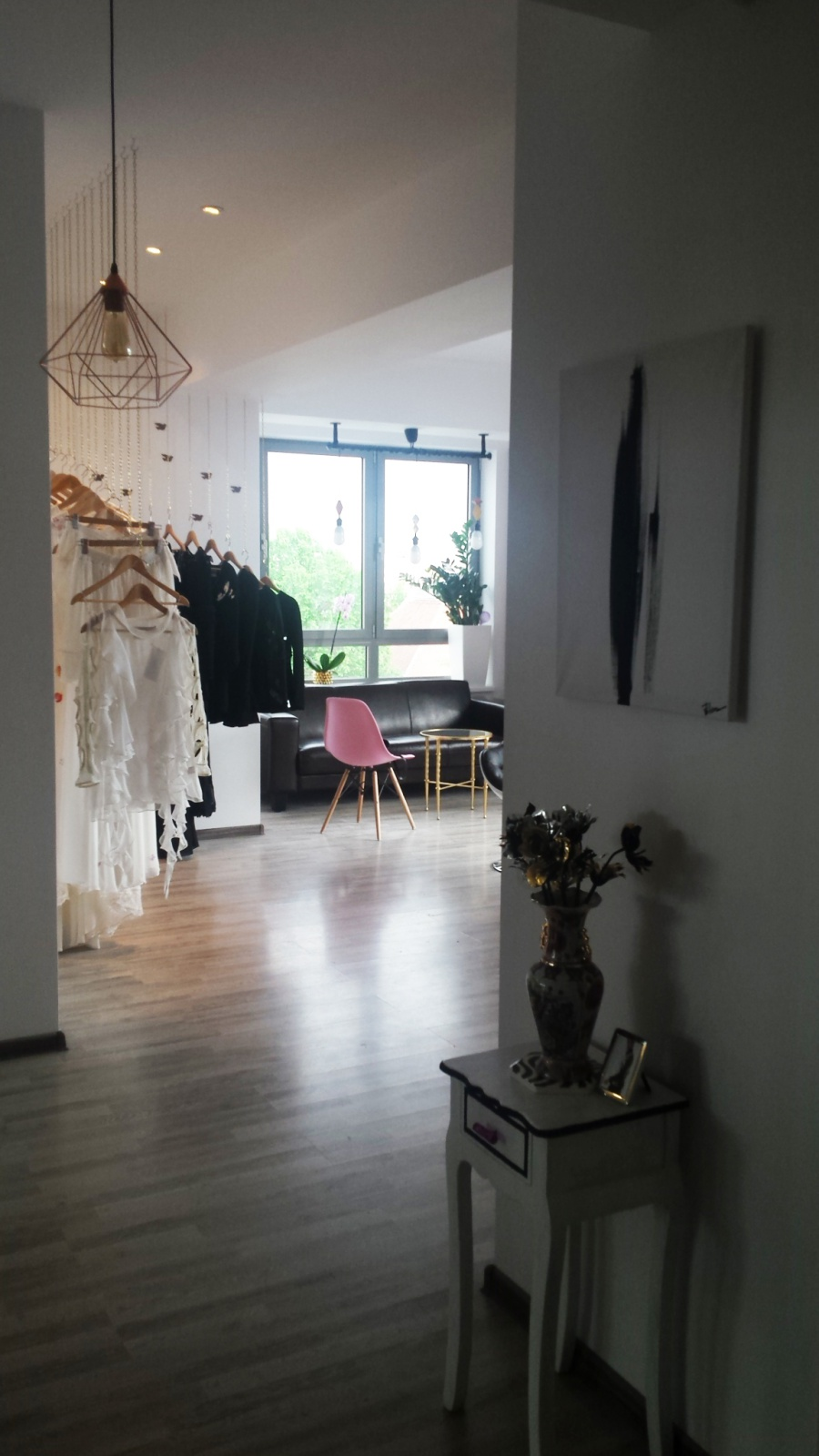 corina vladescu showroom