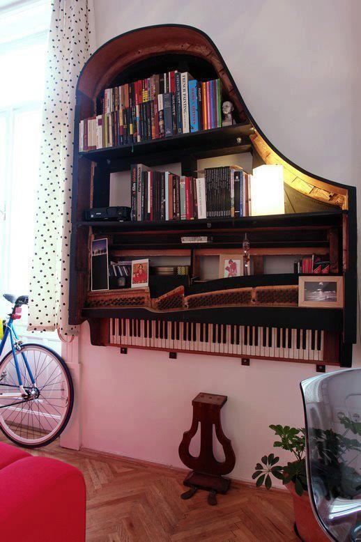 piano-bookshelf